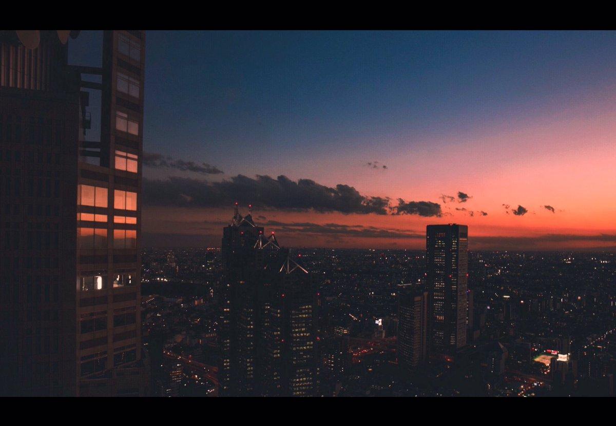 Color Films 変わる空と都市の情景