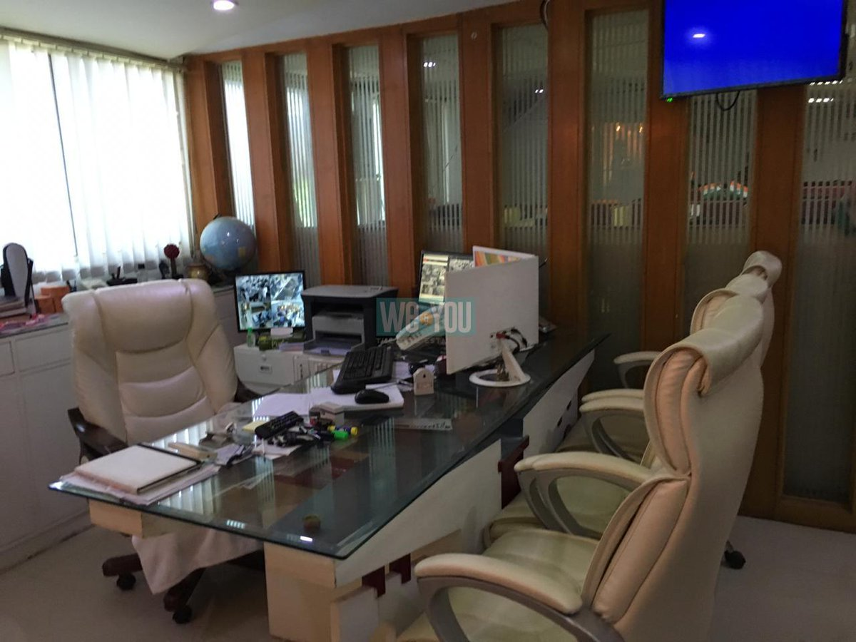 Office 1100 Sq Ft for rent, 50 Th pm at Thaltej Road, Ahmedabad -   http:// weandyou.in    <br>http://pic.twitter.com/9G9PiRB8Mh