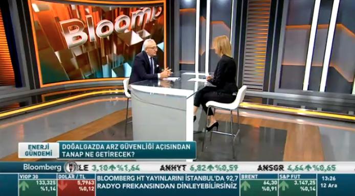 GAZBİR Başkanı Yaşar Arslan: Doğal gaz dönüşümünün pahalı olduğu algısı var. Aslında doğal gaz dönüşümü pahalı değil. Kombi uygulamaları pahalı. 8-10 Bin TLye varan cihaz fiyatları söz konusu. Dönüşüm maliyetinin taksitlendirilmesi yönünde projemiz var.  #doğalgaz  @BloombergHT