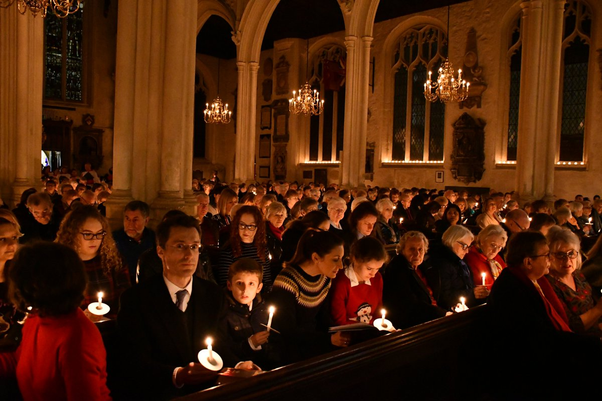 There is still time to buy your tickets to our Christmas Carol Service tomorrow! We will be joined by celebrity readers: Tom Holland, Sir Christopher Meyer, Sue Lawley, @LM_Westminster and David Dimbleby #homelessness #ChristmasIsComing passagecarolservice.eventbrite.co.uk