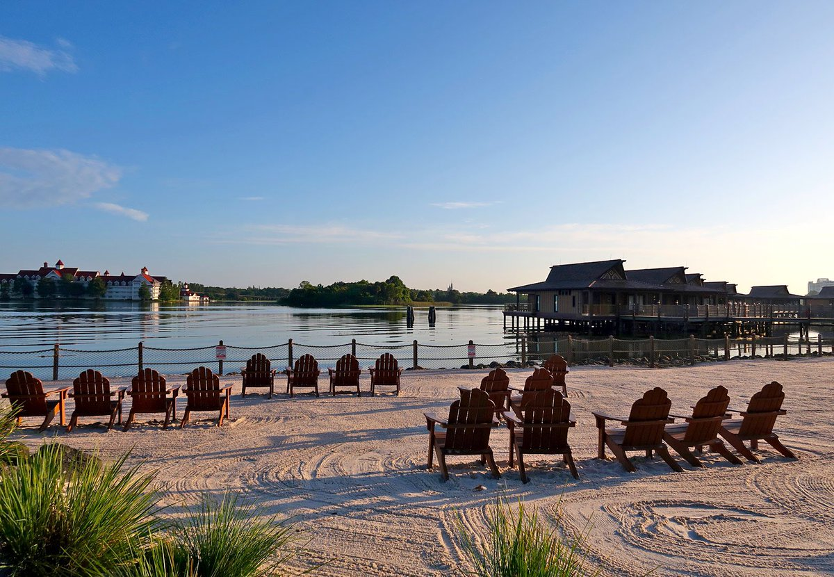 Thursday's here — hope you all have a great day wherever you are. Pull up a chair on the beach at Disney's Polynesian Village Resort. #Travel #ThursdayMotivation #WaltDisneyWorld <br>http://pic.twitter.com/v9OfwiY6Kc