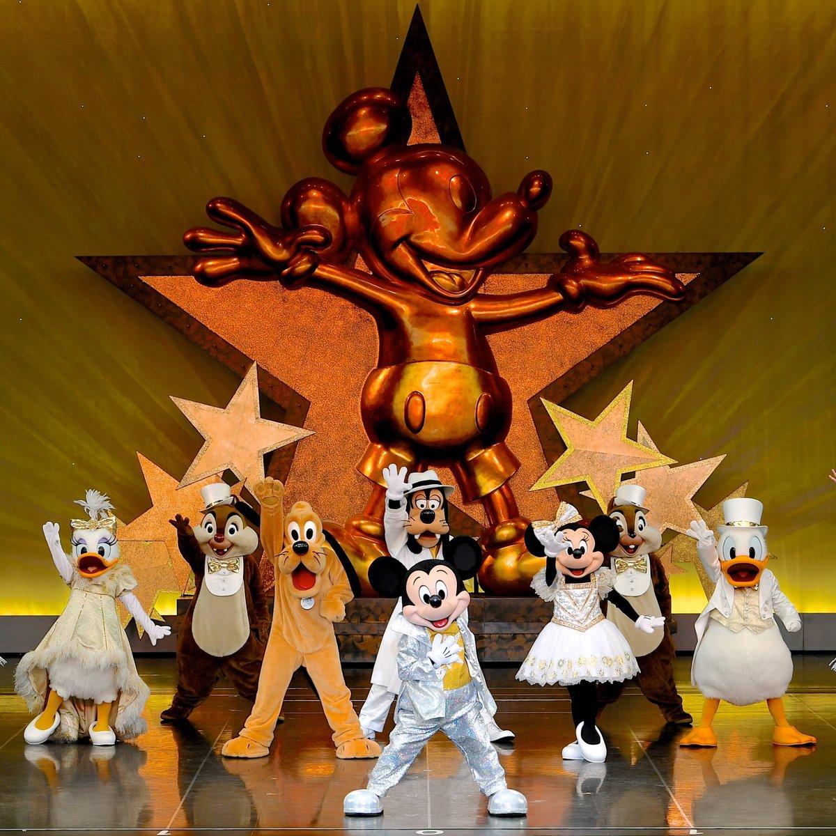 2004年7月3日からスタートし、15年間に渡って公演が続いてきた人気ショー東京ディズニーランド「ワンマンズ・ドリームII-ザ・マジック・リブズ・オン」明日2019年12月13日をもって公演終了です