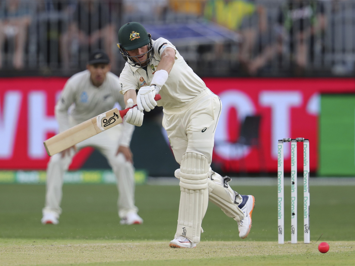 #AUSvsNZ #AUSvNZ #Labuschagne 1st Test: Labuschagne's century powers Australia to day one advantage Report: http://toi.in/lVzlGZ50/a24gk