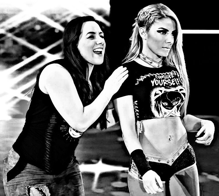 NIKKI CROSS AND ALEXA BILLS BECOMING TAG TEAM CHAMPIONS WILL HAPPEN AGAIN IN THE VERY NEAR FUTURE, @VinceMcMahon NIKKI AND ALEXA DESERVE ANOTHER TAG TEAM TILL RUN,THOSE TWO MAKE A GREAT TAG TEAM @WWE @WWEUniverse @TripleH @StephMcMahon @WWEOnFox #WWETLC #SmackDown #SmackDownOnFox