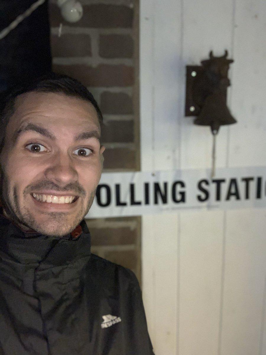 Made my vote for a better Britain #BackBoris  <br>http://pic.twitter.com/VU0xzNNtx5