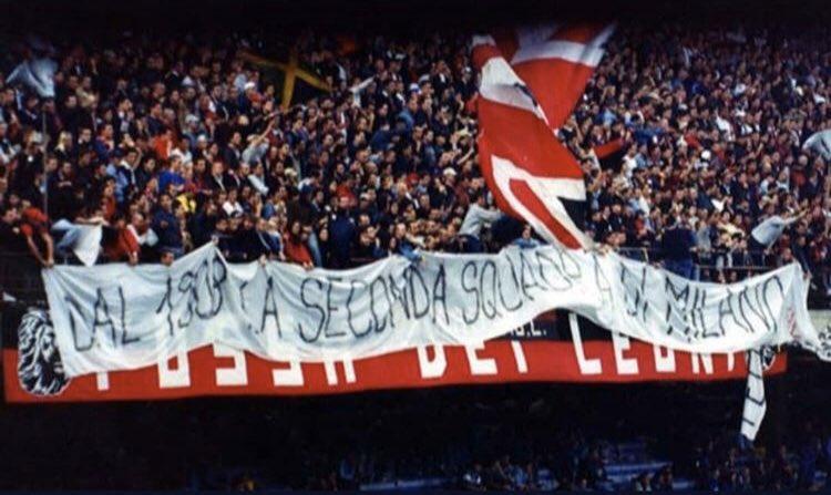 """من أجل ما كتبت مجموعة Fossa Dei Leoni:   """"Dal 1908 la seconda squadra di Milano""""  """"منذ 1908 الفريق الثاني في ميلانو""""   #MilanoSiamoNoi #AcMilan #RossoneriSiamoNoi #InterMerda @da7om_calcio"""