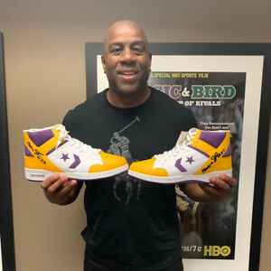 Today is your LAST CHANCE to bid on the kicks of your favorite athletes, all to support cancer research. Get those bids in! https://ebay.to/2OQDiLt