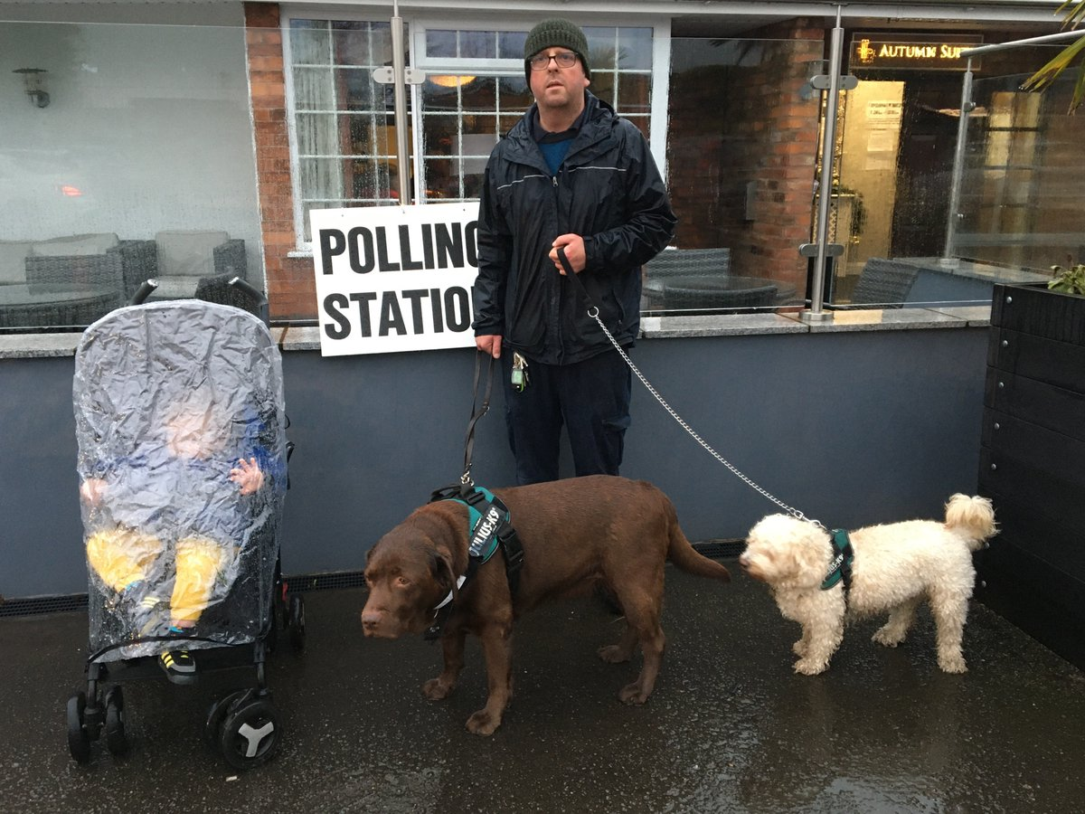 #dogsatpollingstations  We braved the weather<br>http://pic.twitter.com/83m2Hb2OyL