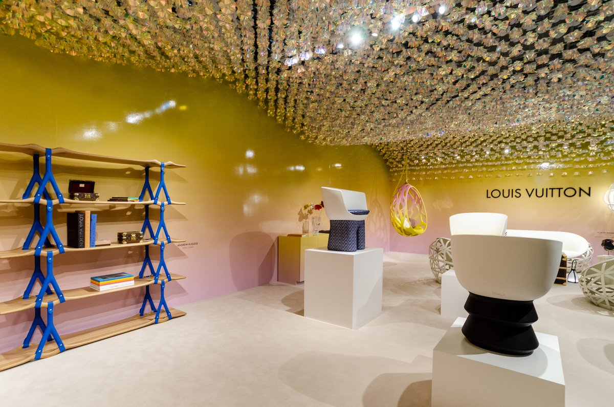 Taking a look back at '19 #designmiami beginning with colorful reimagined lmtd. edition furniture from Louis Vuitton - Objects Nomande collection. Set the tone for a very Miami-vibe show this year <br>http://pic.twitter.com/IA7JakMXJE