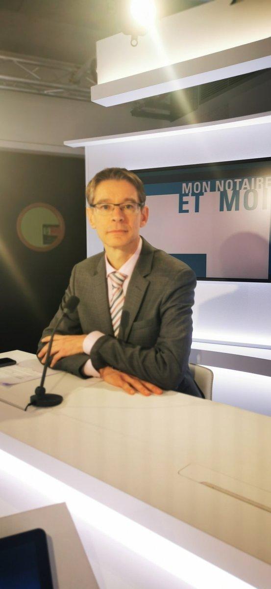 Les @NotairesRhone enregistrent la première émission d'une belle série sur @BFMLyon 📺  Merci à @Sand_Audrain📲 #MonNotaireEtMoi   @Notaires_CSN @AumontFrederic @UPNotaires @RealLexNotaires #Notaires #Lyon #Entreprise🖊#Famille 👨👩👧👦 #Mariage 🤵👰 #Succession ⚰#Immobilier 🏠