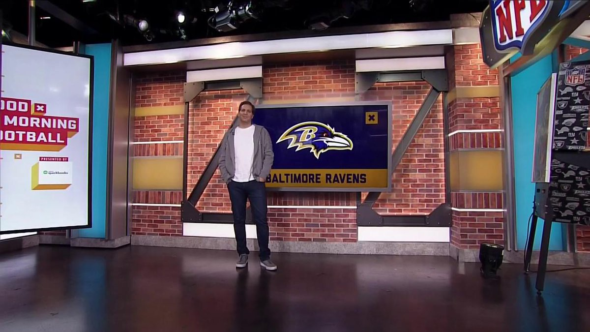 When you think three-headed monster, you dont often think of tight ends. Especially not in 2019. But here come the @Ravens, with the #1 offense in the league, the #1 tight ends room in the league, and @nickboyle86, arguably the best blocking TE in all of football. -- @PSchrags