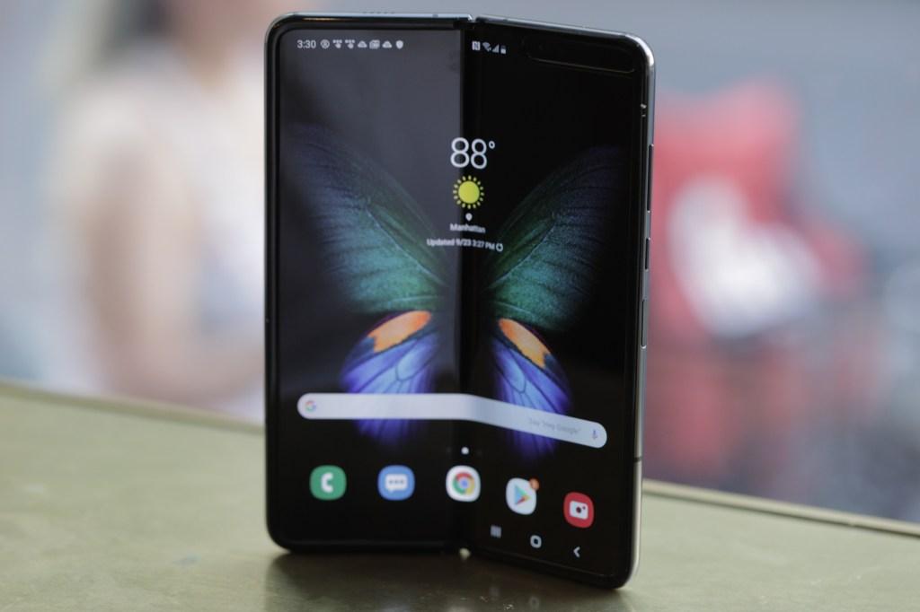 Samsung has sold 1 million Galaxy Fold smarthphones by @mjburnsy