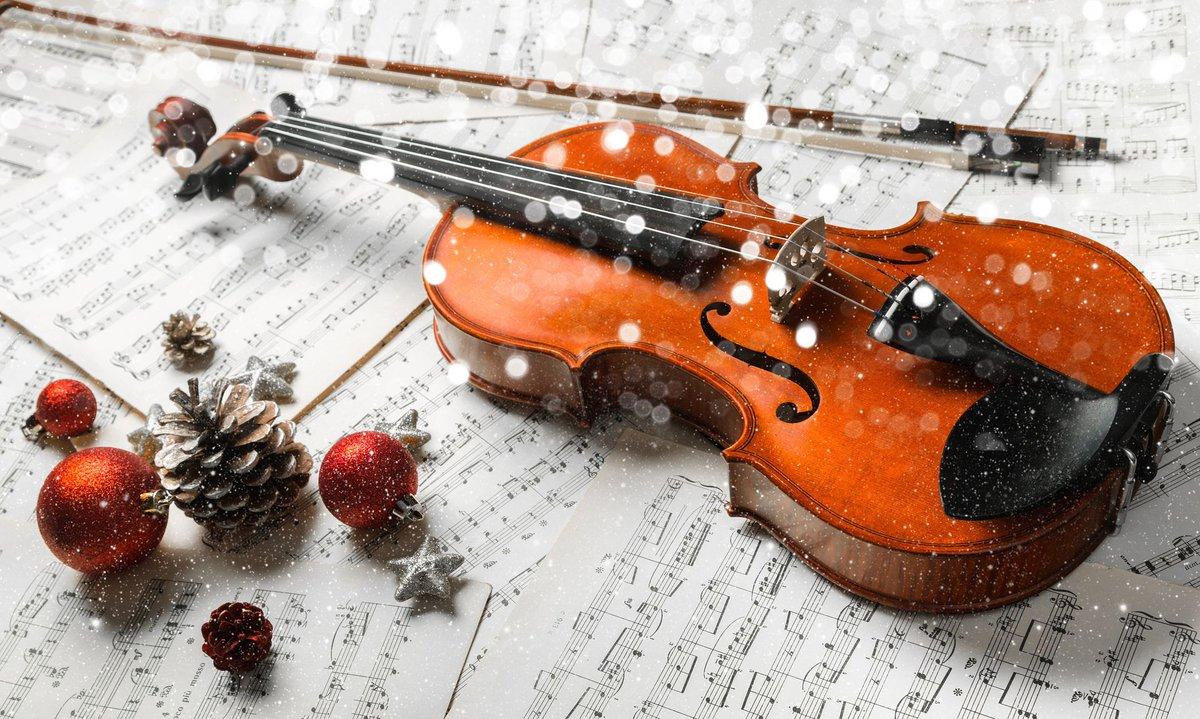 Demain, ne manquez pas le traditionnel concert de l'Orchestre d'Harmonie et du chant des Lauriers de #Lormont. Rendez-vous à 15h à l'Eglise Saint-Martin ! #concert #chant #musique https://t.co/HMMNzKlmJS