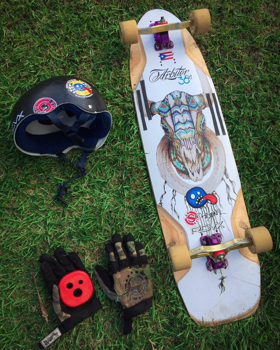 #arbiterkt #pr #keepingitholesom #fastfreeride #skaters #longboardingisfun #fun #skatefast #sideordie #rdvxgrip #fast #skateordie #skate4life @oslongboarding @holesomrider @RDVXGrippic.twitter.com/W7QiGWF5n0