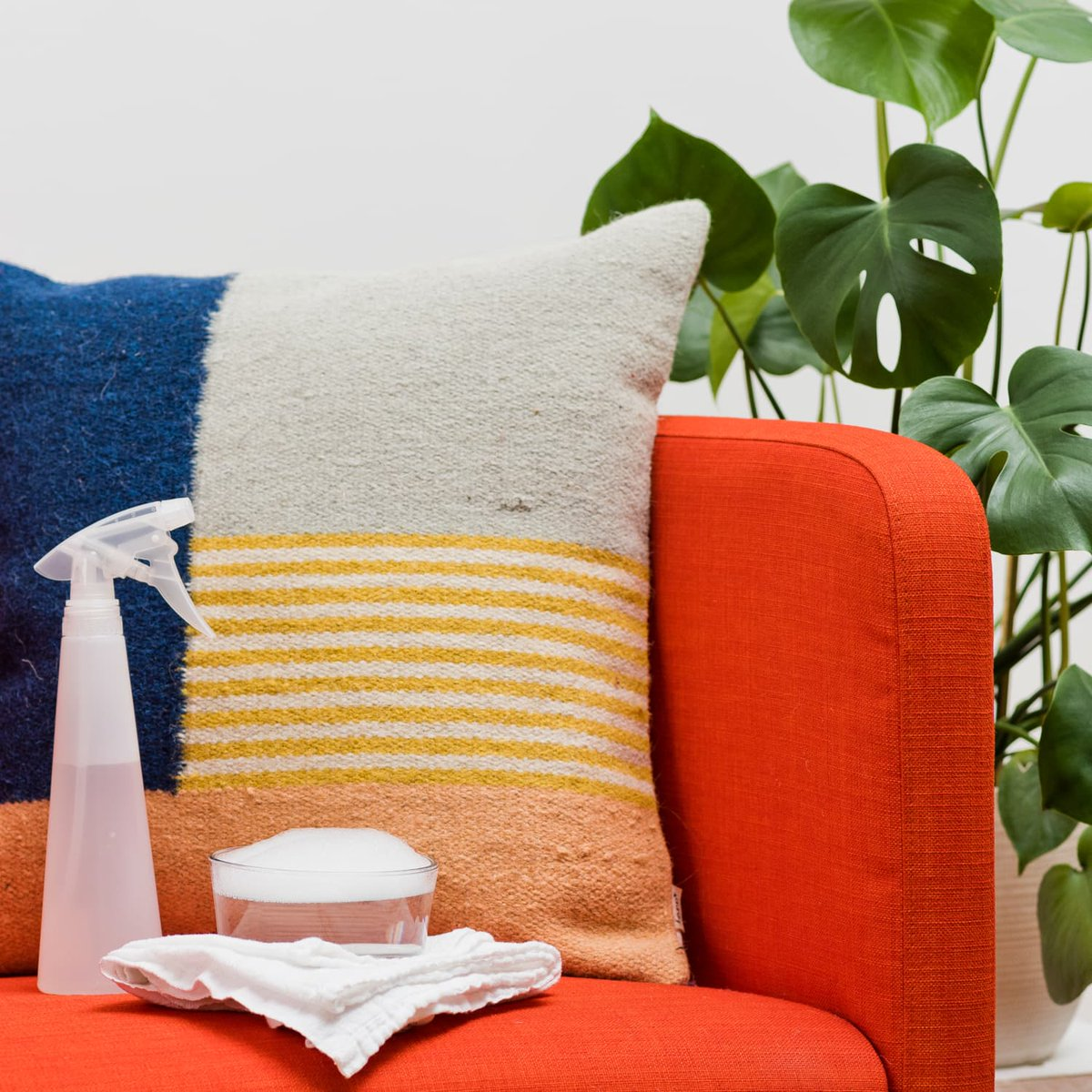Learn how to clean your upholstered couches and chairs and remove stains. #cleaningproducts. #cleaning #clean #cleaningservice #home #cleaningtips http://ow.ly/Ipfc30pWcmUpic.twitter.com/AOmZKxN9QF
