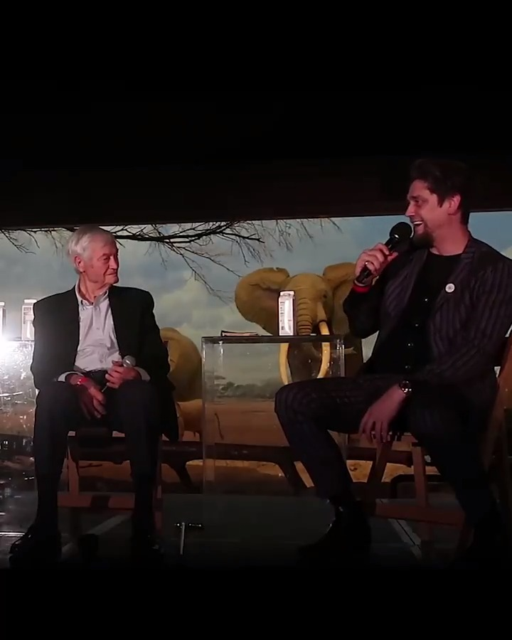 Andy Muschietti and Roger Corman discuss the impact and future of the horror genre. #ITMovie