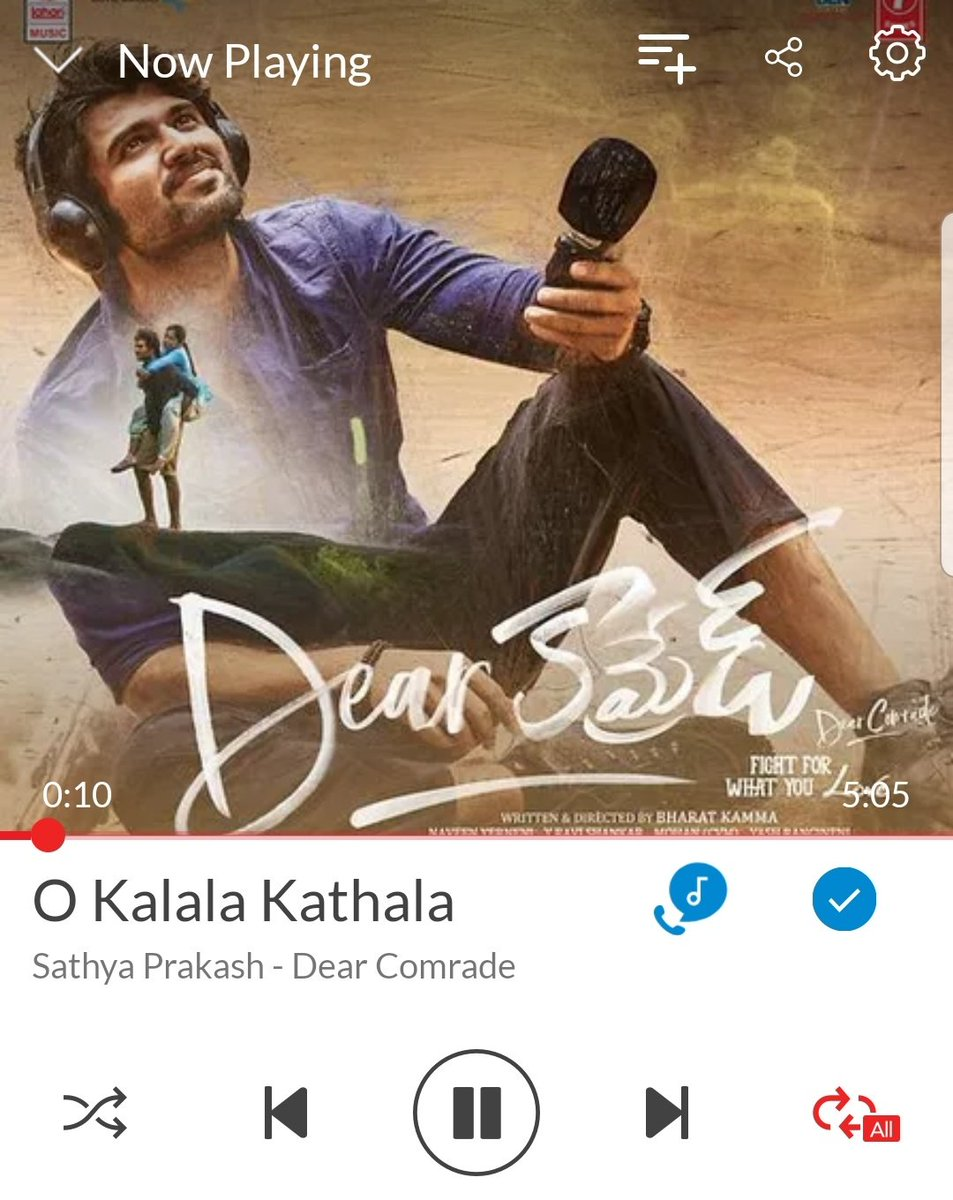 God bless the singers ,Lyricist , MusicDirector of #DearComrade   <br>http://pic.twitter.com/qxYZnGzsNF