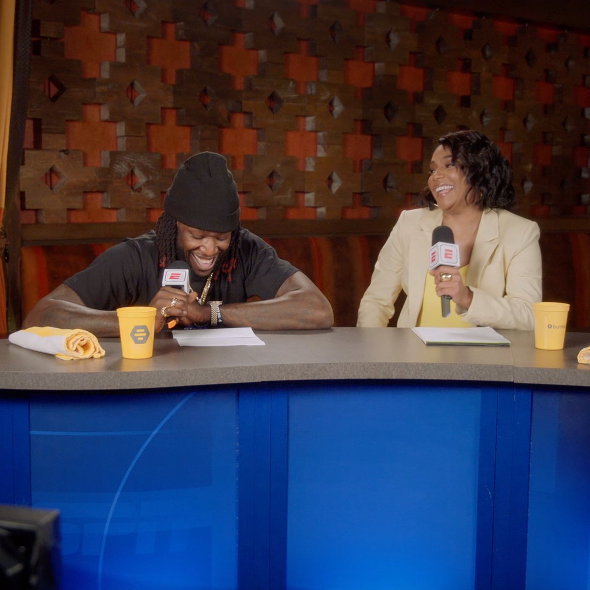 .@MONSTATREZZ and @TiffanyHaddish provide play-by-play on some unsuspecting @Bumble users. 😂  Download the app for a shot at a trip to LA and a Clippers game! » http://clippe.rs/35asbCQ