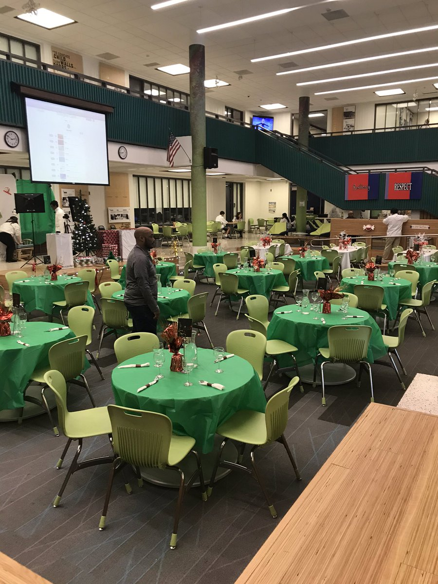 Prepping for the Off The Pike restaurant tonight <a target='_blank' href='http://twitter.com/APSCareerCenter'>@APSCareerCenter</a>. Come out and let the Culinary Arts program serve you this evening.  See you there <a target='_blank' href='http://twitter.com/APS_CTAE'>@APS_CTAE</a> <a target='_blank' href='https://t.co/NcwKz1r12N'>https://t.co/NcwKz1r12N</a>