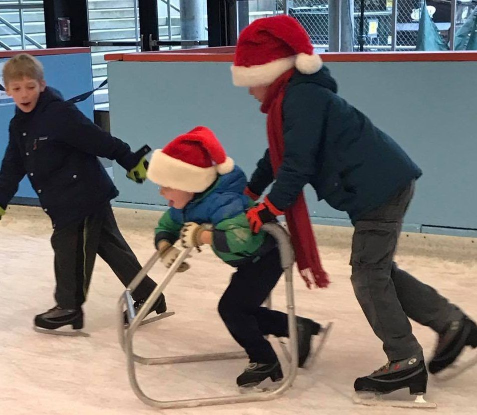 10 Places to Go Ice Skating This Season: https://buff.ly/36uJ37E