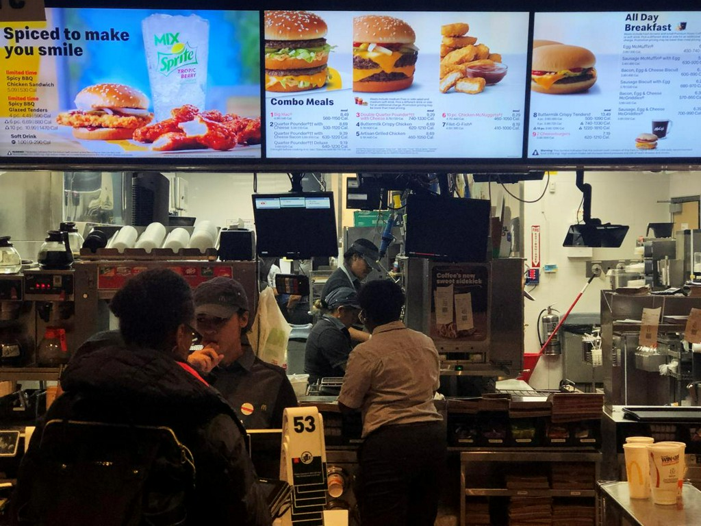 U.S. labor board approves McDonalds bid to settle case by franchise workers reut.rs/2LRi7XH