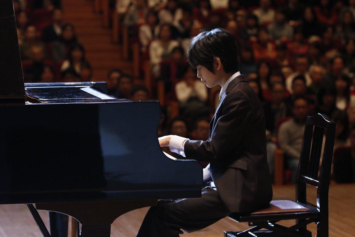 test ツイッターメディア - いよいよ、最終回…✨✨  あの映画「#万引き家族」で  大注目されている #城桧吏 さん🥺  『#ドクターX』に登場❣️  勇ちゃんから未知子を紹介される!?  #天才ピアニスト を熱演です🎹‼️  #ドクターX #大門未知子 #米倉涼子 #じょうかいり https://t.co/Vi2JeogJP0