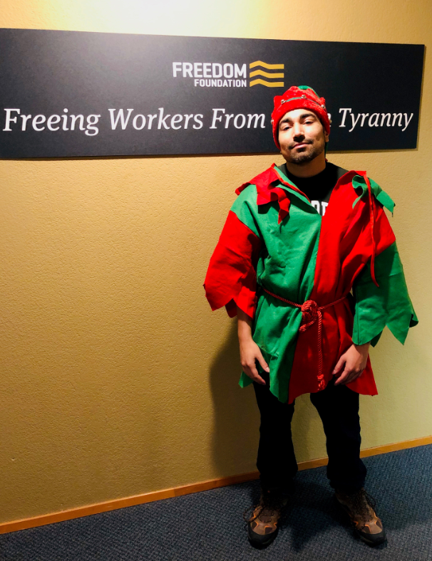 Have you heard?  @FreedomFdtn is spreading the word - public employees can give themselves a #ChristmasBonus by leaving their #union and keeping more of their OWN MONEY!   http://www.OptOutToday.com #tcotpic.twitter.com/okt7WwYayZ