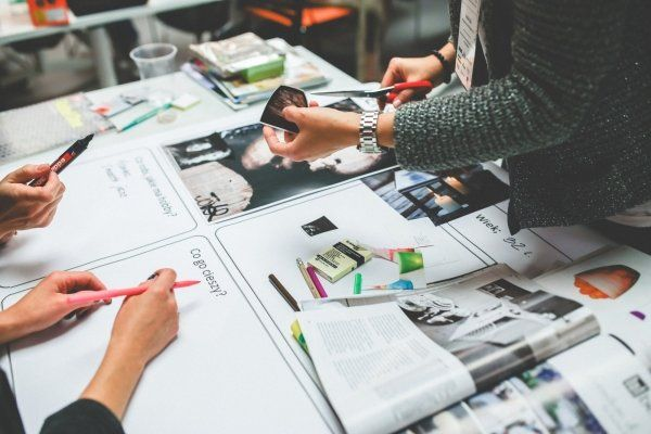 When design principles are applied to strategy and innovation, the success rate for innovation dramatically improves. #designthinking #engineering #engineeringstudents https://buff.ly/2J1l5Gepic.twitter.com/bihU2New3r
