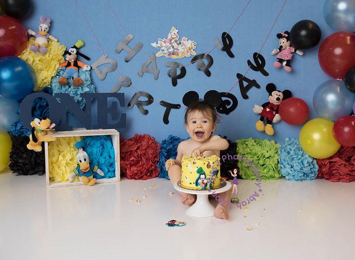 This guy really enjoyed his cake!   #baby #toddler #milestone #growwithme #babyplan #birthday #cake #cakesmash #smashcake #smashandsplash #mickey #mickeymouse #mickeymouseclubhouse #mickeyandfriends #disney #smiles #babysmiles #nbma #massachusetts #rhodeislandpic.twitter.com/uxLB2ye3Ss