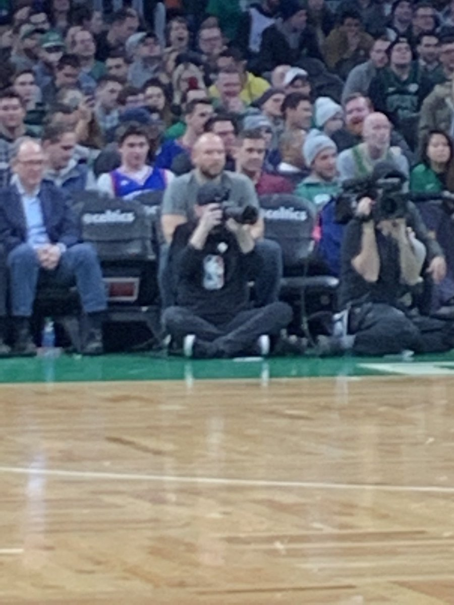 Good to see @ryenarussillo brought all his friends to the game tonight