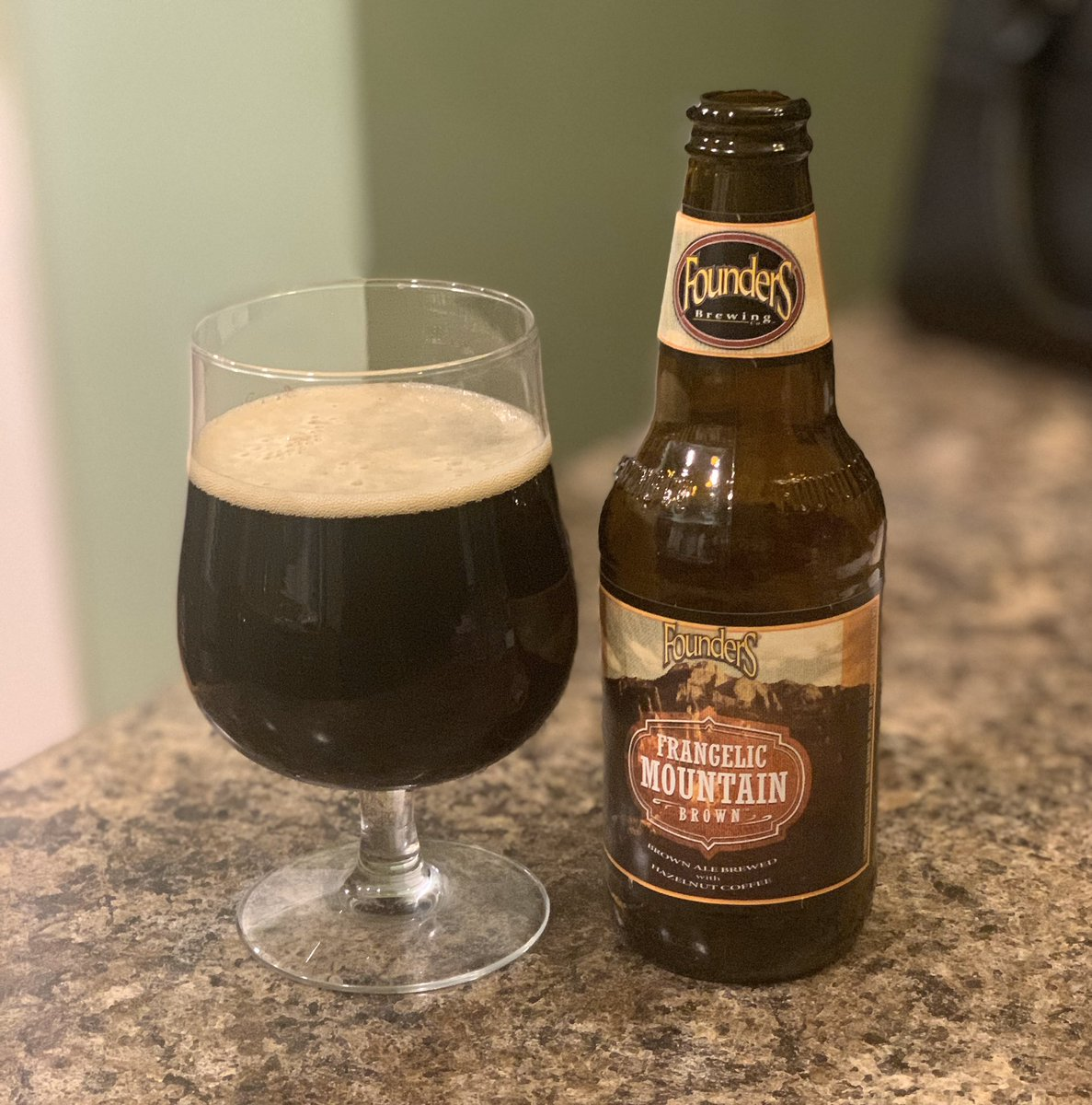 Another fantastic beer from @foundersbrewing   They are hitting some grand slams. 🤤 https://t.co/m1avNNlnWk