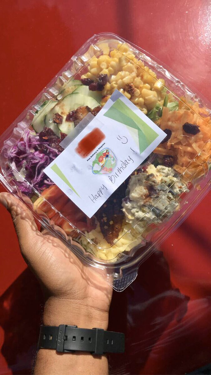 Customize your salad W/ chicken, tuna, Turkey or fish (salmon & snapper)... please rt a customer is on your TL <br>http://pic.twitter.com/FXOJ8G7Ndd