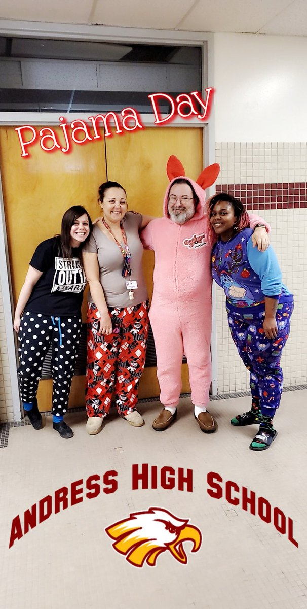 My absolute FAVORITE dress up day for @AHSGoldenEagles Winter Dress-Up week is definitely Pajama Day😁 love rocking them with my English Family❤ #yourlegacymatters #WeAreAndress #iamepisd #AHS #English #englishteacher #teacherlife #Teachers #pajamas  #teachertwitter