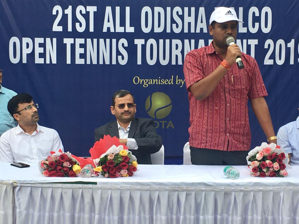 Delighted to be the Chief Guest of 21st All Odisha NALCO Tennis Tournament_2019 organized by #BDTA at #KalingaStadium. Congratulations to Shri Saswat Mishra and Shri Suresh Mahapatra for organizing such a huge event & giving opportunities to budding talents in tennis. <br>http://pic.twitter.com/Rhn0ze9rnj