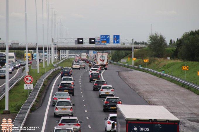 Nederlanders betalen - met nieuwe roettaks - bijna € 6,1 miljard wegenbelasting in 2020 https://t.co/pfCSBMzU8F https://t.co/GnalZZJcu0