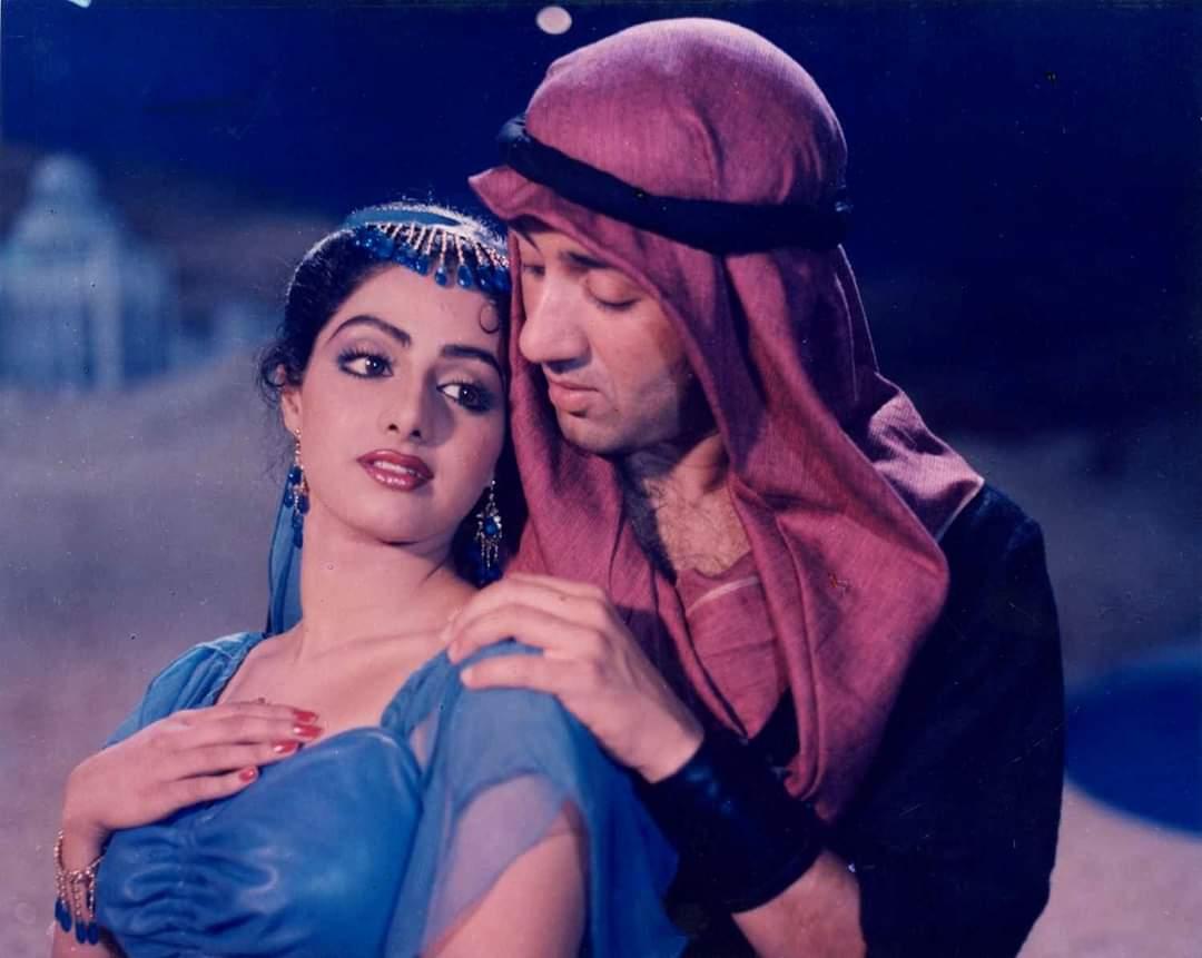 Beautiful On-screen Pair of 80's 👌👌 Sridevi with Sunny Deol in Saltanat  Dir by Mukul.S.Anand  #Sridevi #SunnyDeol @SrideviBKapoor @iamsunnydeol @aapkadharam @BeenaSAnand @iam_juhi @BoneyKapoor @_JanhviKapoor #SrideviLivesForever