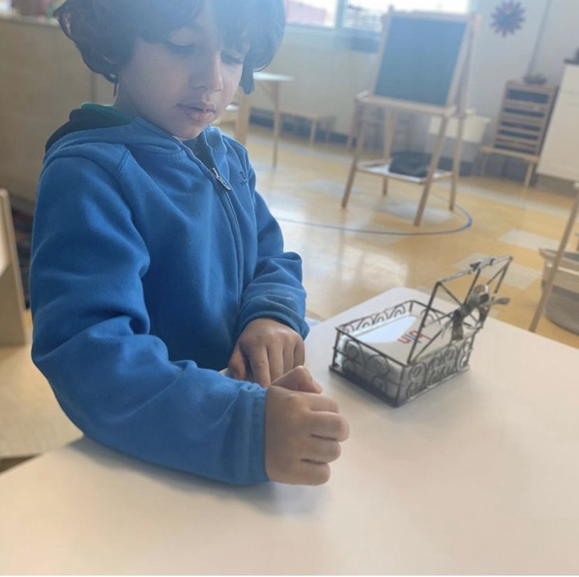 The Montessori Method: Independence  Observe  Follow the Child  Correct the Child  Prepared Environment  Absorbent Mind  #leemontessori #education #edjustice #equity #dc #dothework #bethechange #changeisgood #changeispossible #changetheworld #dowhatyoulove<br>http://pic.twitter.com/TdqfjJ3aPP