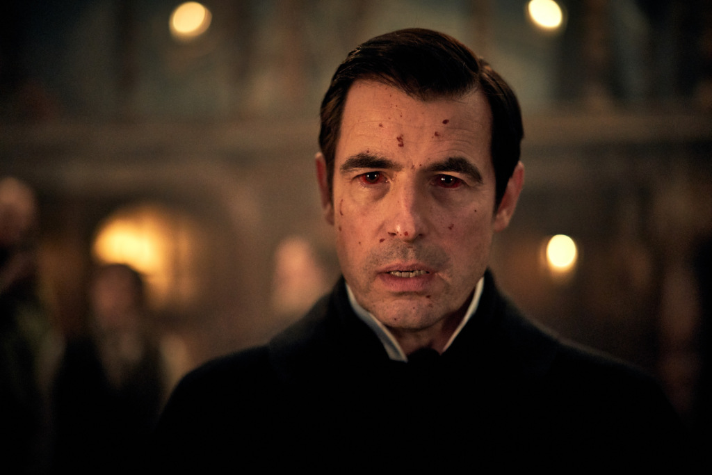 'Dracula' Trailer: Sink Your Teeth Into A New Look At The BBC & Netflix's Gothic Drama  http:// dlvr.it/RLClj1     <br>http://pic.twitter.com/Kj0usD8MdP