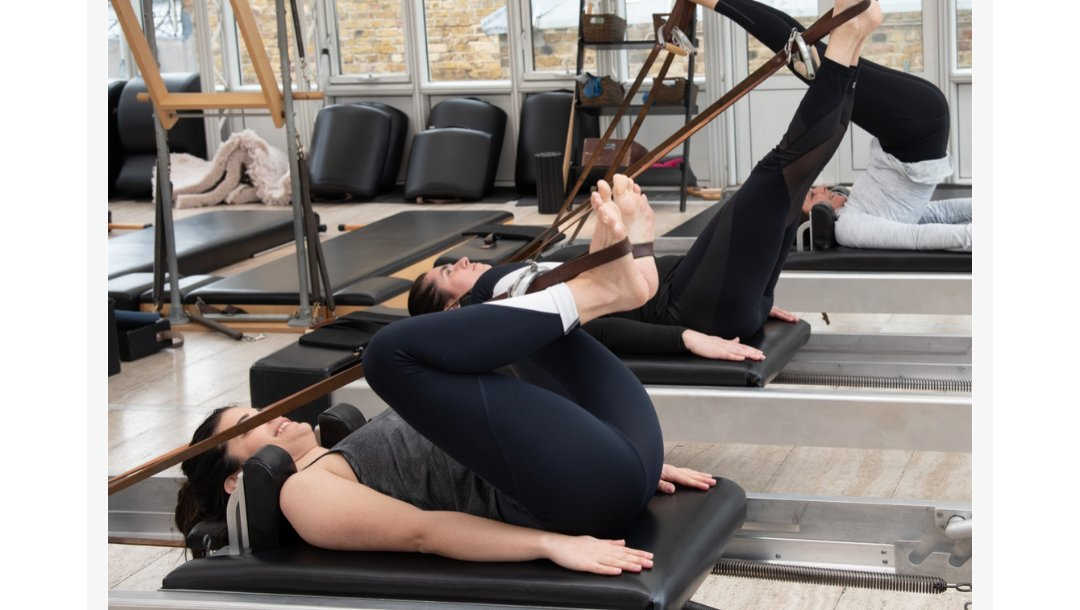 Expanding beyond Classical Pilates, we offer a new kind of learning experience, opening a deeper connection between mind and body. We help enable ordinary people to make an extraordinary transformation https://piacademy.arlo.co/w/  #Pilates #LondonPilates #London #Londonerpic.twitter.com/BEaL0bgK02