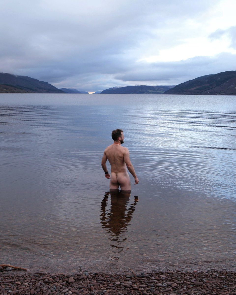 Hi @RuthDavidsonMSP no sign of you at Loch Ness this morning, so I did it myself. 48 is not quite 50 but I didn't really need an excuse anyway . Time for #Indyref2 and Scotland's future in our own hands.<br>http://pic.twitter.com/SYKsD4AXjl