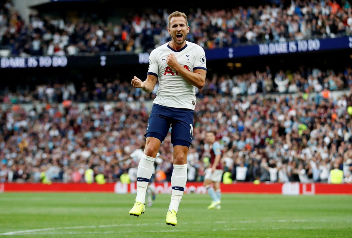 #thfc striker Harry Kane has the best games-per-goal ratio [1.43] in the history of the @PremierLeague. | @myfootballfacts