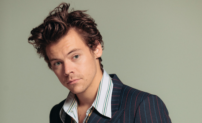 """""""I never want to dilute anything"""". @Harry_Styles x Music Week. Unseen #FineLine  quotes from our cover interview:  https://www. musicweek.com/talent/read/i- never-want-to-dilute-anything-how-harry-styles-made-fine-line/078399  …  #HarryStyles  #FineLineLive <br>http://pic.twitter.com/3wj4fSHvqD"""