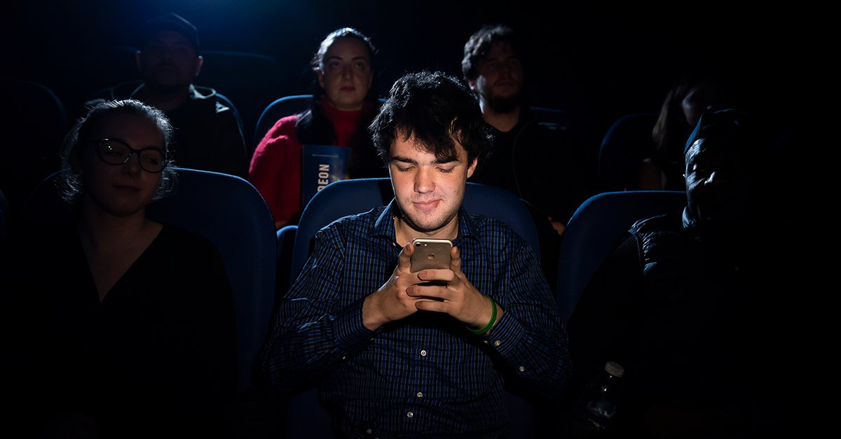 Are phoneless screenings coming to a cinema near you soon? standard.co.uk/tech/odeon-gre…