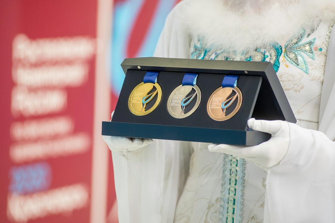 Ростелеком - Чемпионат России по фигурному катанию-2020 ELqhYJSW4AAL14T?format=jpg&name=medium
