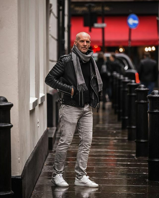 Note to self : + =   ____________________________ Happy Friday people. ________________________________________ #london #menstyle #scarfseason . .  @thesmartfellow<br>http://pic.twitter.com/wcVbqwn27d