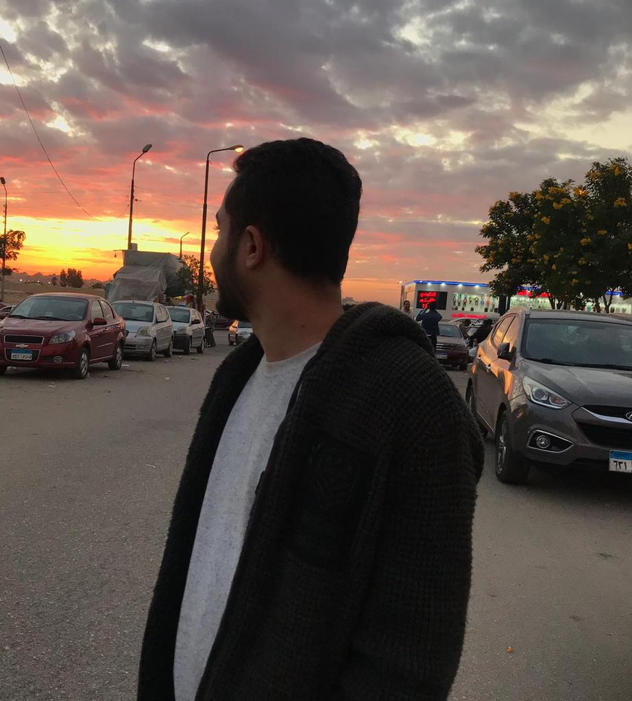 #NewProfilePic The sky is better than yours  <br>http://pic.twitter.com/Z6oq6FBiCQ