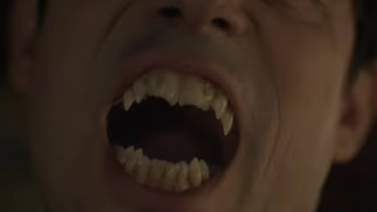There's a new teaser for the Moffat/Gatiss Dracula and oh god bugs in eyes