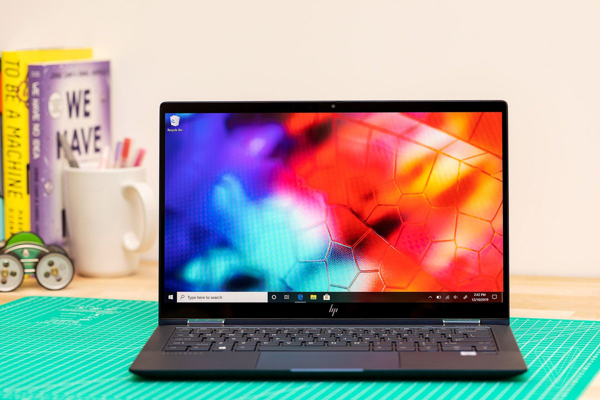 The HP Elite Dragonfly is too stylish for the boardroom