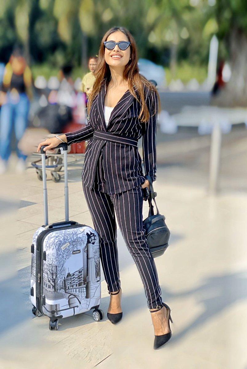About yesterday  Mumbai  Hydrebaad #workmode#formallook #workmode #worktravel #airportlook #airportoutfit #travelphotography #travelblogger #travelgram #travelholic #airportlook #airportfashion #airportdiaries #mumbaiairport #airportlookonpoint #traveldiaries #NehaMalikpic.twitter.com/II5Btx2eIb