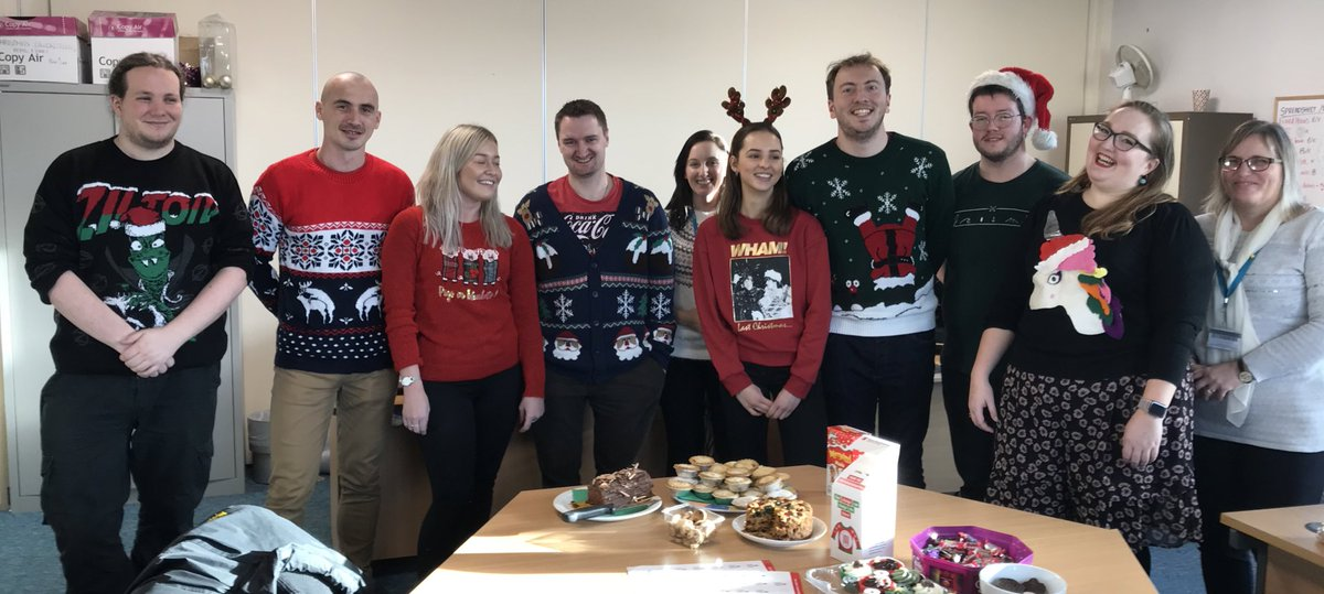 A mixture of some of our HR, marketing and catering teams all dropped in to show off their festive best! Happy #ChristmasJumperDay<br>http://pic.twitter.com/rGSjAEDnSc